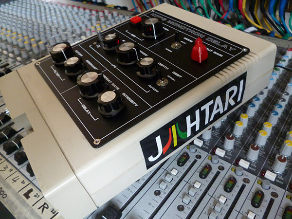 Korg Monotron Delay - Jahtari edition (floppy case)